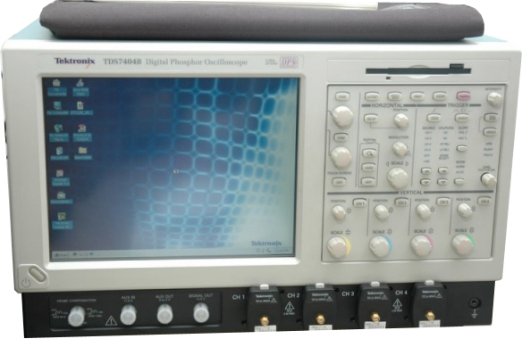 Tektronix TDS7404B is a featured product}