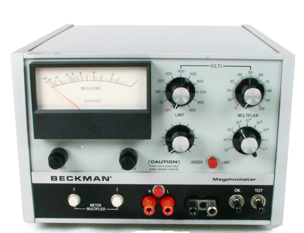Beckman L-8 for sale